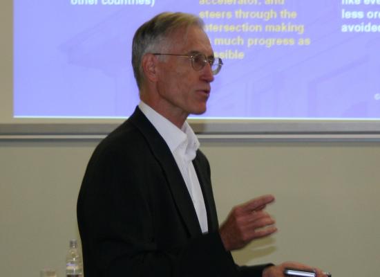 Ohela Consulting tarjoaa huippuluokan neuvottelutaidon koulutusta yhteistyössä prof. Sherman D Robertsin (ex Oxford ja Harvard) kanssa.